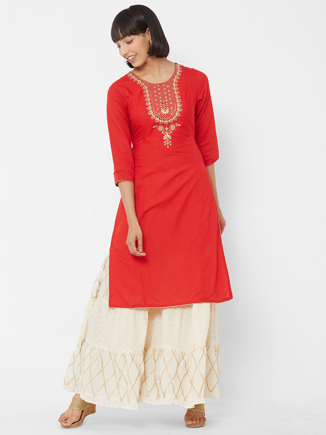 Women Red Solid Straight Kurta With Embroidered Detail